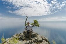 Вид на Байкал со скалы, район КБЖД